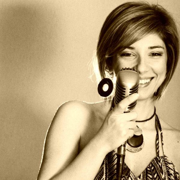 La canzone inedita prodotta da CANZONIsuMISURA per Cristina Zeta