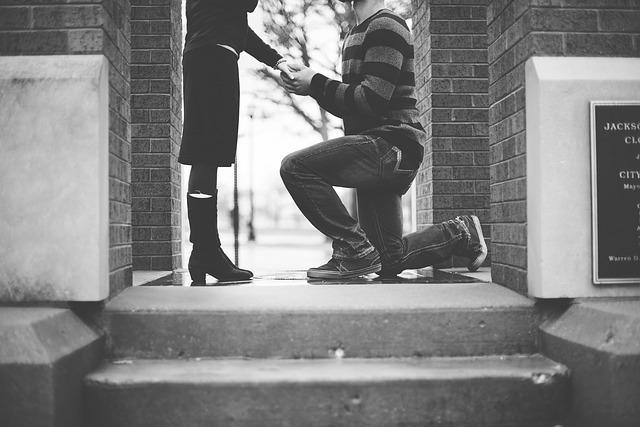 L'idea originale di Claudia per accettare la proposta di matrimonio